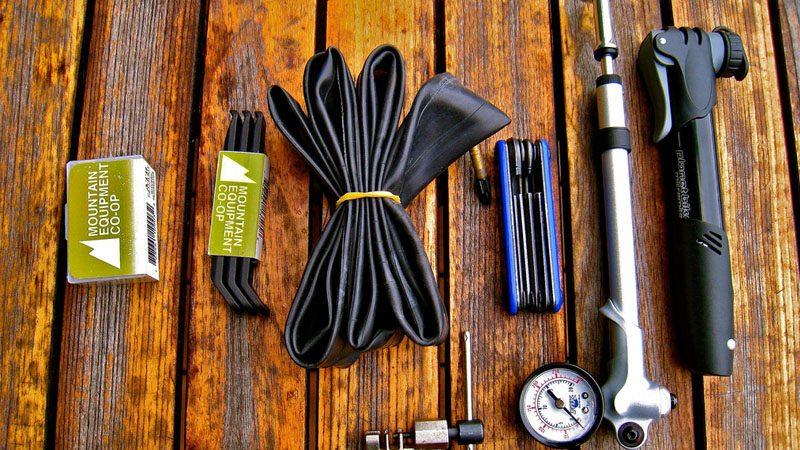 『ファットバイク用チューブとパンク修理剤』イメージ01