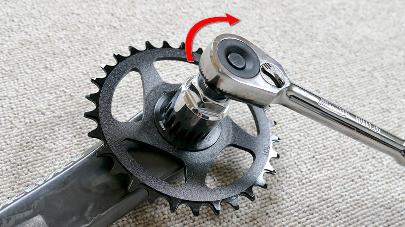 ファットバイクのフロントシングル化『カーボンクランク&BBへの交換』イメージ08