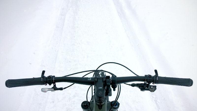 セミファットの29erプラスで雪道を走った感想イメージ01
