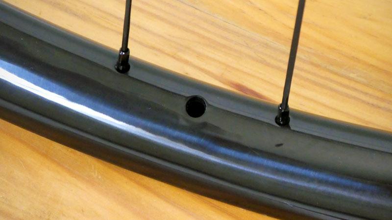 フルサス29er用にフックレス&ホールレス中華カーボンホイールを購入イメージ15