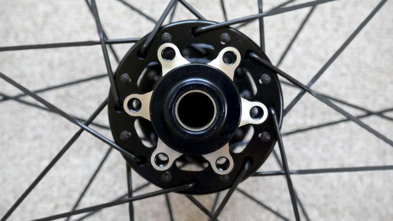 レビュー高評価のMTB用タイヤ『Continental RaceKing』の感想イメージ04