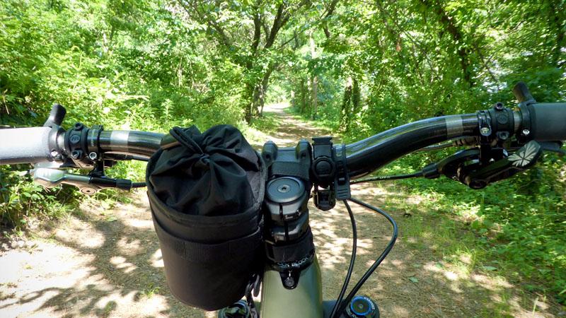 自転車でハンドタオル使ってる?停車時に噴き出す『汗』対策の話イメージ02